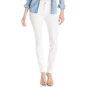 NEW Two by Vince Camuto white jeans